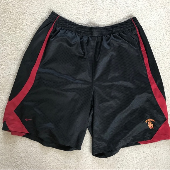 528b2109b8c8 ... Men s USC Basketball Shorts  vtg Nike ...